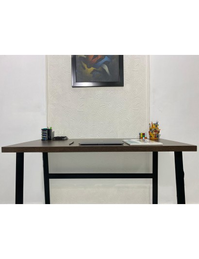 Spinel Study Table